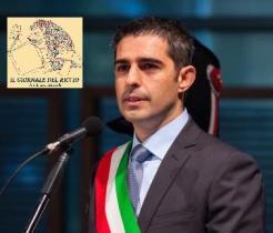Parma-Federico-Pizzarotti-di-questi-tempi-a-fare-il-sindaco-Ci-vuole-un-pazzo-660x330.jpg